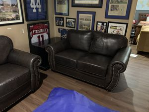Family room furniture for Sale in Ballwin, MO