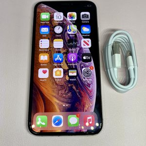 Apple iPhone XS 64gb AT&T Cricket for Sale in Long Beach, CA