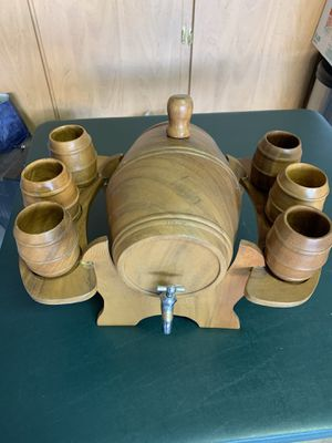 Vintage wooden barrel with 6 cups for Sale in Cave Creek, AZ