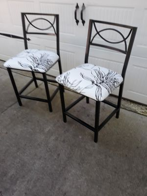 2 counter height bar stools for Sale in Easley, SC