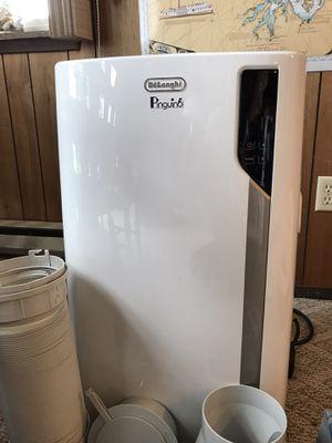 DeLonghi Pinguino EL275 4 in 1 portable Air Conditioner for Sale in Poulsbo, WA