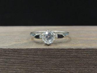 Size 6.25 10K Gold Clear Quartz Round Stone Band Ring Vintage Estate Wedding Engagement Anniversary Gift Idea Beautiful Elegant Unique for Sale in Everett,  WA