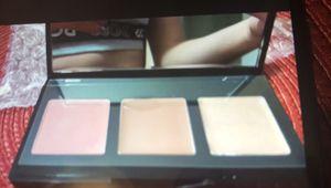 Laura geller makeup nuevo for Sale in Miami, FL