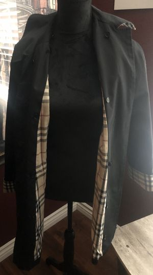 Burberry Rain Coat for Sale in Perris, CA
