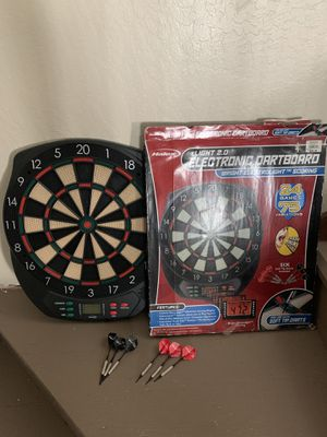 Halex Dart board works six darts game games toys for Sale in Sacramento, CA