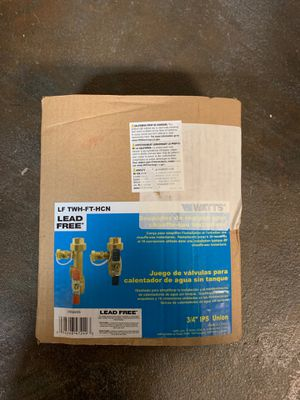 Watts 2-Piece Lead-Free Brass Tankless Water Heater Valve Set LFTWHFTHCN for Sale in Tacoma, WA