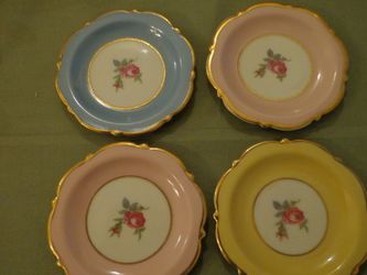 FREE Plates Floral Gold Gilded ROYAL BAYREUTH Vintage . for Sale in Canton,  MI