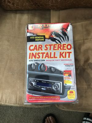 This is a car stereo universal and doors handle for Toyota Corolla and the shief gear for Sale in Orlando, FL