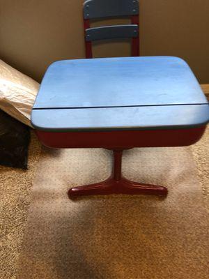 Kid desk for Sale in Glendale, AZ