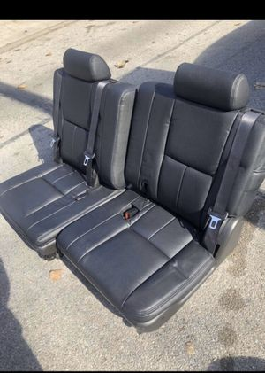 Black leather 3rd row seats for Sale in Dallas, TX