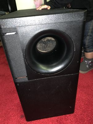 Bose acoustimass 5 subwoofer whit 2 cube speakers for Sale in St. Louis, MO