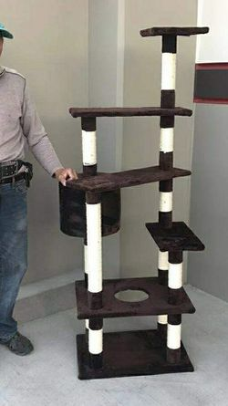 Brand new in box 5 feet tall cat tree house scratcher post cat tower condo scratching posts for Sale in South El Monte,  CA