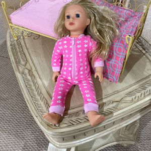 American Girl Doll for Sale in Bergenfield, NJ