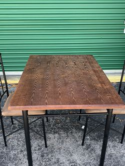 Small Kitchen / Dining Room Table With 2 Chairs for Sale in Ocala,  FL