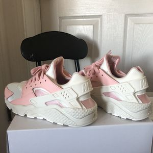Nike Huarache 9M for Sale in Bronxville, NY