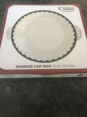 NIB Cuisine Company Enameled Cast Iron Pie Pan for Sale in Chandler, AZ
