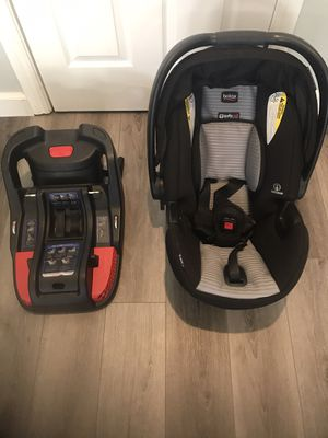 Britax Car Seat and base for Sale in El Cajon, CA