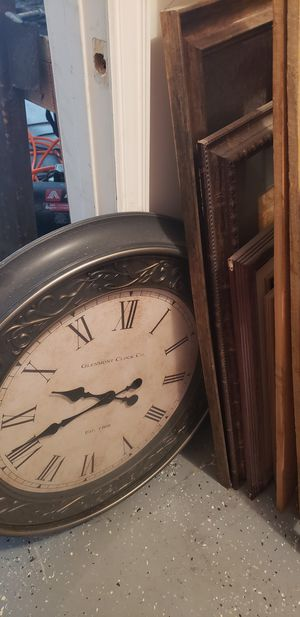Deco shelves, Wall art and clock for Sale in Katy, TX