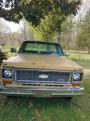 1974 C10 custom deluxe long bed with 15in truck rallies no motor with a turbo 400 transmission. for Sale in Archdale, NC