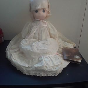 "Precious Moments Vintage 1992 ""Jenny"" doll for Sale in Tampa, FL"