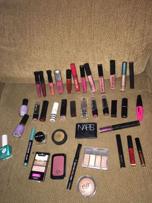 Make up bundle for Sale in Chicago, IL