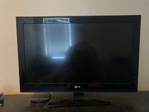 32 inch LG TV for Sale in Peoria, AZ