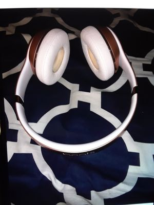 Beats Solo 3 DESCRIPTION!! for Sale in New York, NY