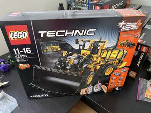 LEGO 42030 - Volvo Wheel Loader - sealed for Sale in Pompano Beach, FL