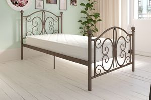 Metal bed for Sale in Henderson, NV