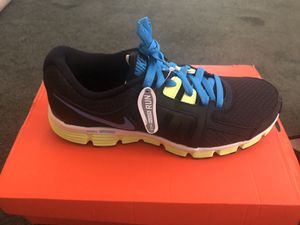 Nike women's running shoes- New! for Sale in Las Vegas, NV