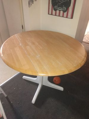 Kitchen table for Sale in Detroit, MI
