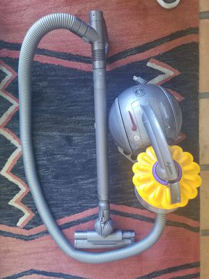 Dyson Model DC-39 BIG BALL CANNISTER VACUUM for Sale in Las Vegas, NV