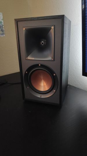 Bookshelf Speakers Klipsch R-51M for Sale in American Canyon, CA