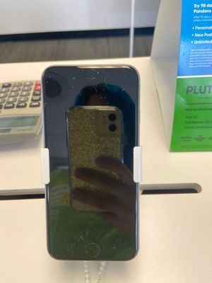 iPhone 6 at 3315 sw military for Sale in Houston, TX