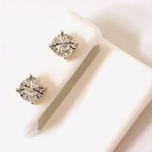 10Kt White Gold and Diamond earrings available on special offer for Sale in Indianapolis, IN