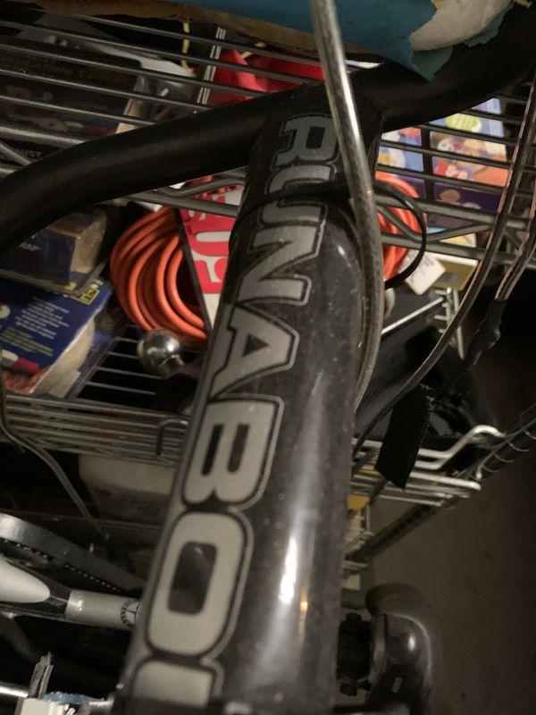Schwinn Round About single wheel pull behind bike bicycle trailer
