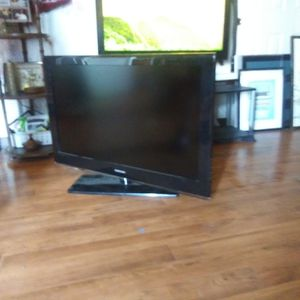 Samsung 40 Inches Flat Screen Tv for Sale in Oakland, CA