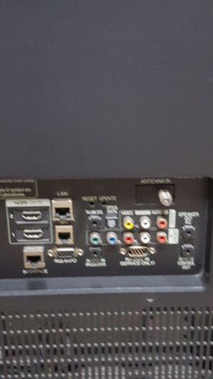 Lg tv lg-47ld650h for Sale in Biscayne Park, FL