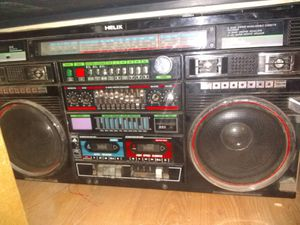 Helix Wheely-5000 Boombox for Sale in San Angelo, TX