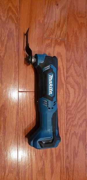 makita multi oscillating tool for Sale in Herndon, VA