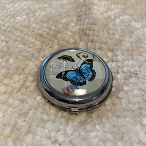 Beautiful Butterfly Double Mirror for Travel for Sale in San Diego, CA