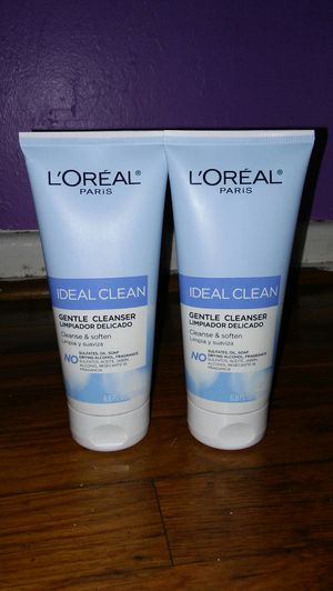 2 loreal cleanser for Sale in Glenarden, MD
