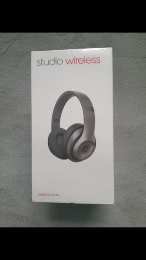 Beats studio2 wireless New never opened for Sale in Union City, NJ