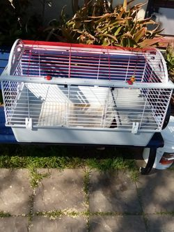 Deluxe Living World Cage for Sale in San Leandro,  CA