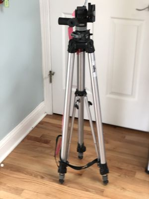 Bogen Manfrotto 3051 Professional Tripod for Sale in Willowbrook, IL