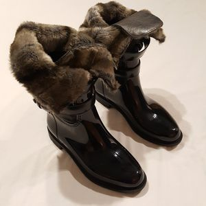 Stuart Weitzman Snowflake Boots for Sale in Crandon, WI