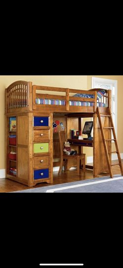 Build a Bear Children's Bunk Bed Set w/ Long Dresser with mirror and Tall Dresser for Sale in Trenton,  NJ