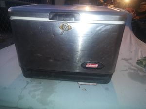 Coleman steel ice chest for Sale in Lakewood, CA