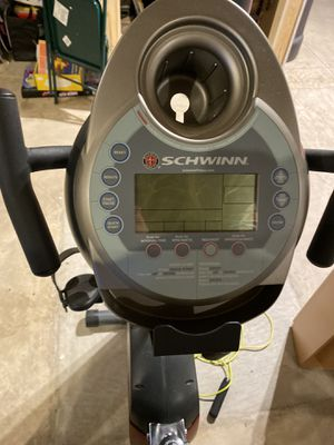 Schwinn 222 Pro Gym Quality Recumbent Exercise Bike for Sale in Wood Dale, IL