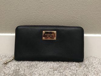 Michael Kors Wallet for Sale in Hillsboro,  OR
